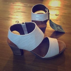 Toms size 6.5 sandal heels. New with tags!